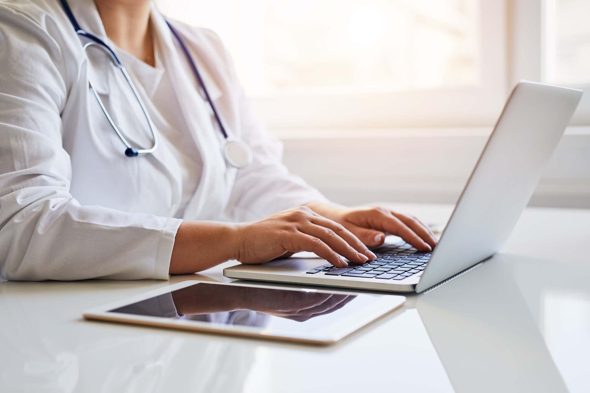 医師の転職先の探し方
